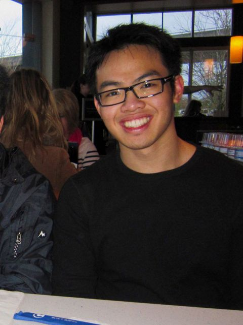 http://faculty.washington.edu/jsachs/lab/www/Research/people/Johnny Huynh.jpg